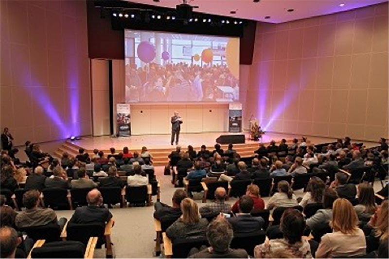 Presentation to the Road Authorities in The Netherlands
